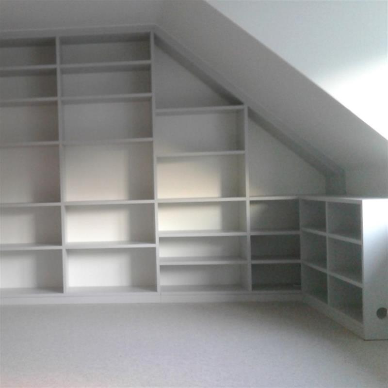 Maßanfertigung: Schränke unter Dachschrägen oder Treppen ...